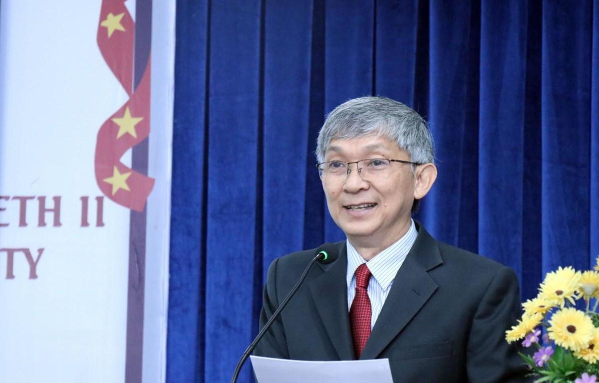Ông Trần Hùng Việt, Chủ tịch Hội hữu nghị Việt Nam-Vương quốc Anh Thành phố Hồ Chí Minh phát biểu chúc mừng. (Ảnh: Xuân Khu/TTXVN)