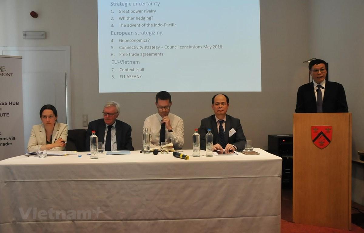 Đại sứ Vũ Anh Quang phát biểu tại hội thảo. (Ảnh: Kim Chung/TTXVN)