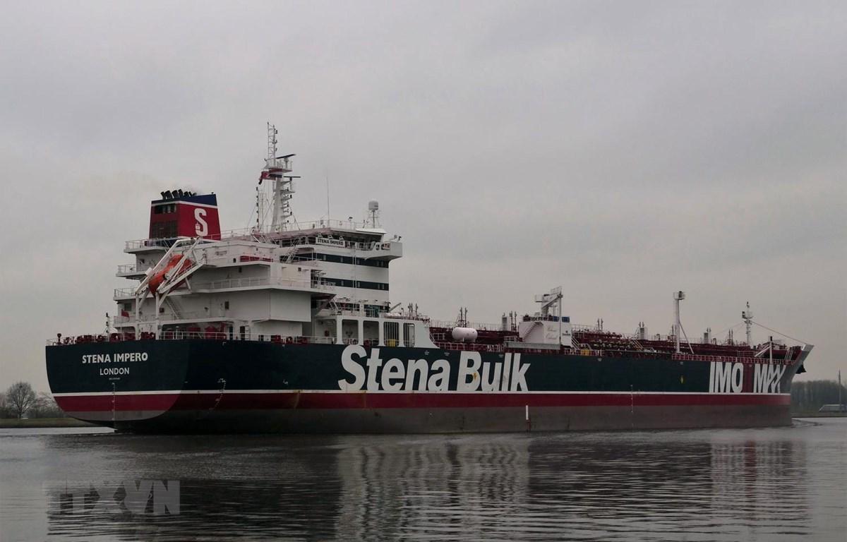 Tàu Stena Impero, treo cờ Anh. (Ảnh: AFP/TTXVN)