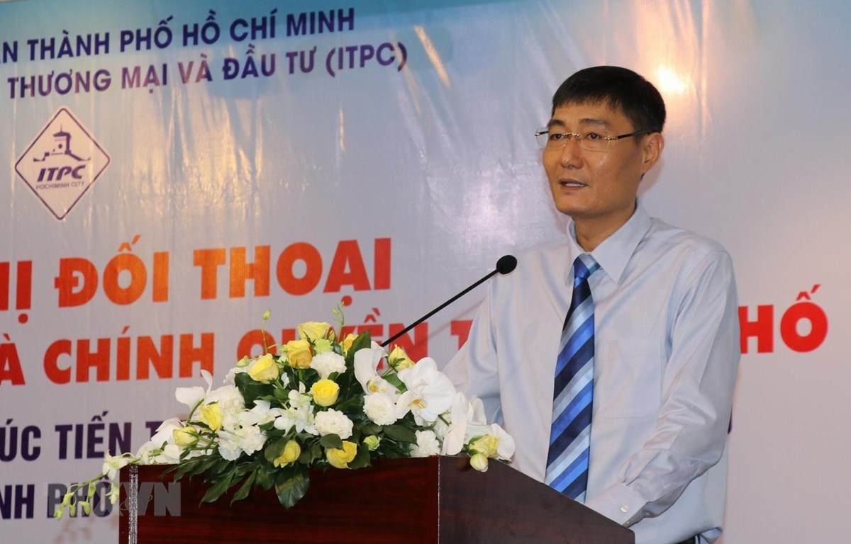 Ông Nguyễn Nam Bình, Phó Cục trưởng Cục Thuế TP Hồ Chí Minh phát biểu khai mạc hội nghị. (Ảnh: Hứa Chung/TTXVN)