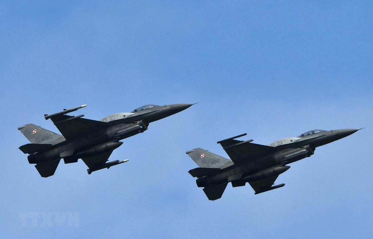 Máy bay chiến đấu F-16. (Ảnh: AFP/TTXVN)