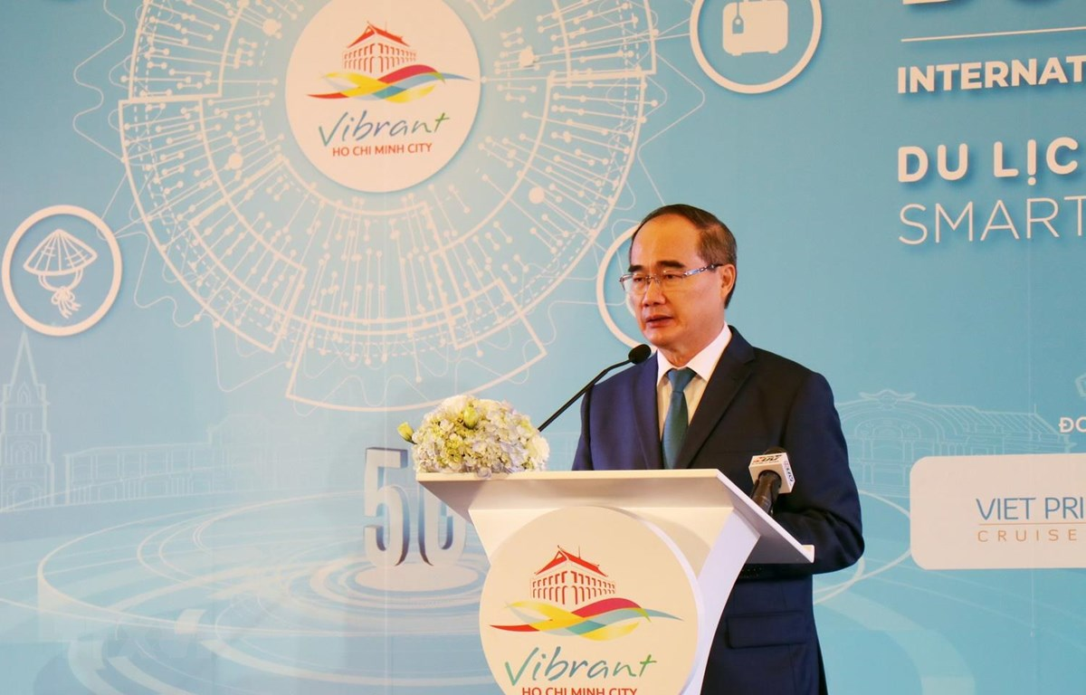 Ông Nguyễn Thiện Nhân, Ủy viên Bộ Chính trị, Bí thư Thành ủy Thành phố Hồ Chí Minh phát biểu tại Hội thảo. (Ảnh: Mỹ Phương/TTXVN)