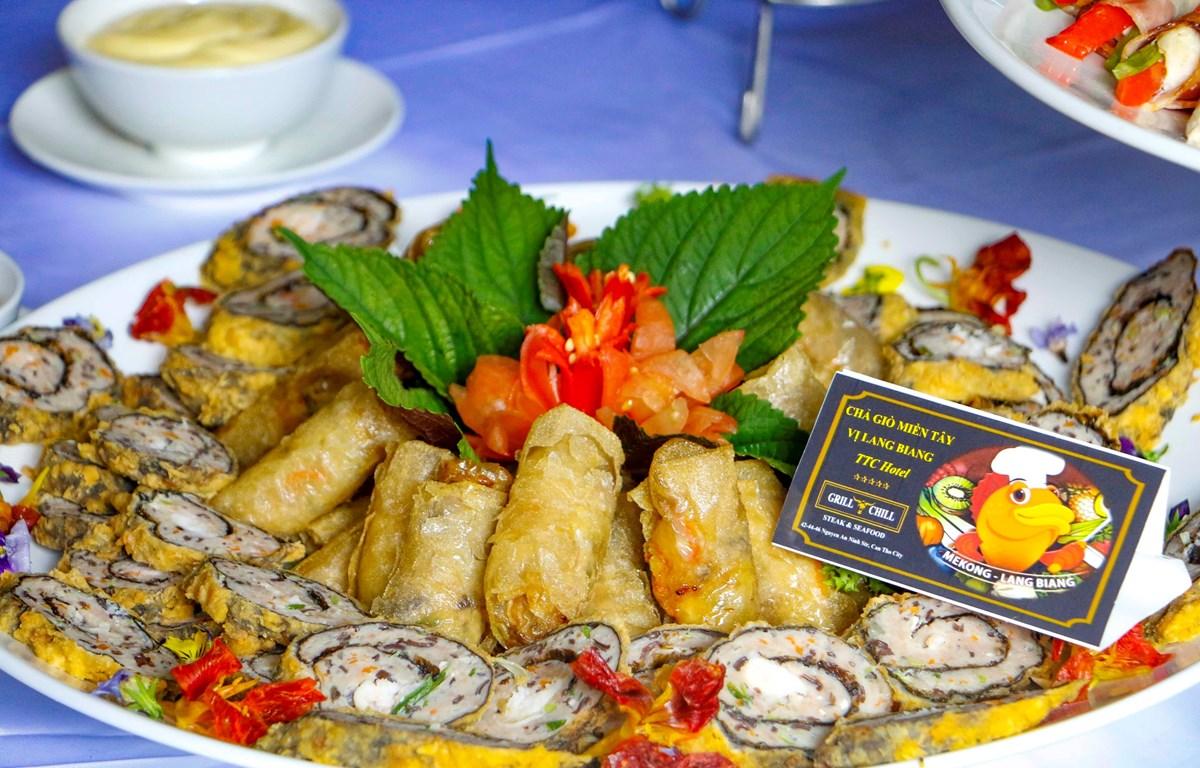 Món chả giò miền Tây hương vị Langbiang của Nhà hàng Grill & Chill (Cần Thơ). (Ảnh: Thanh Liêm/TTXVN)