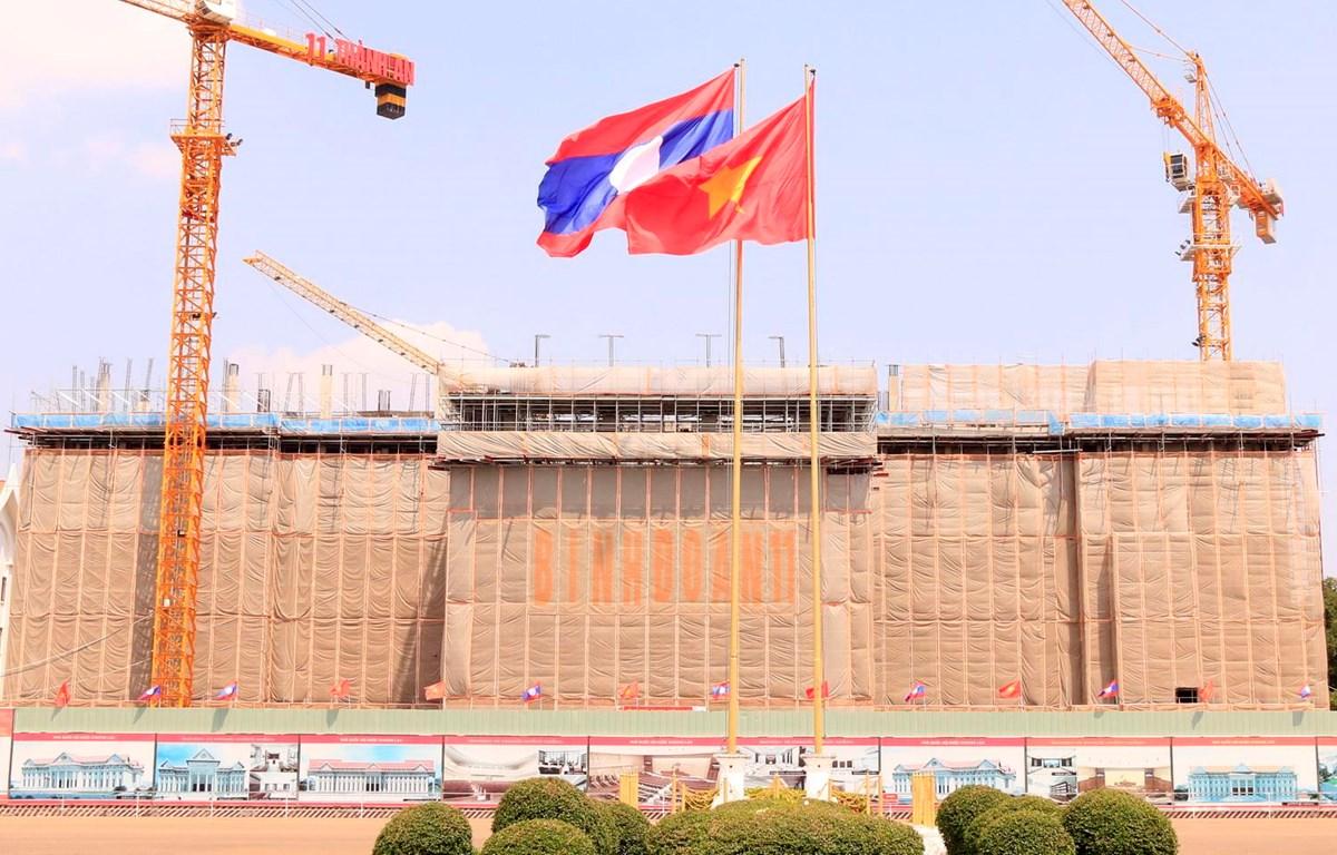 Toàn cảnh Trụ sở Quốc hội mới của Lào đang trong quá trình xây dựng. (Ảnh: Phạm Kiên/Vietnam+)