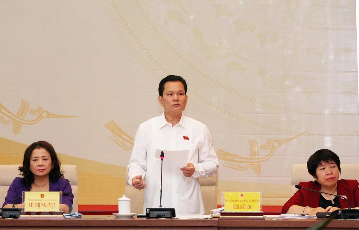 Phó Chủ nhiệm Ủy ban Các vấn đề xã hội của Quốc hội Bùi Sỹ Lợi phát biểu. (Ảnh: Nguyễn Dân/TTXVN)