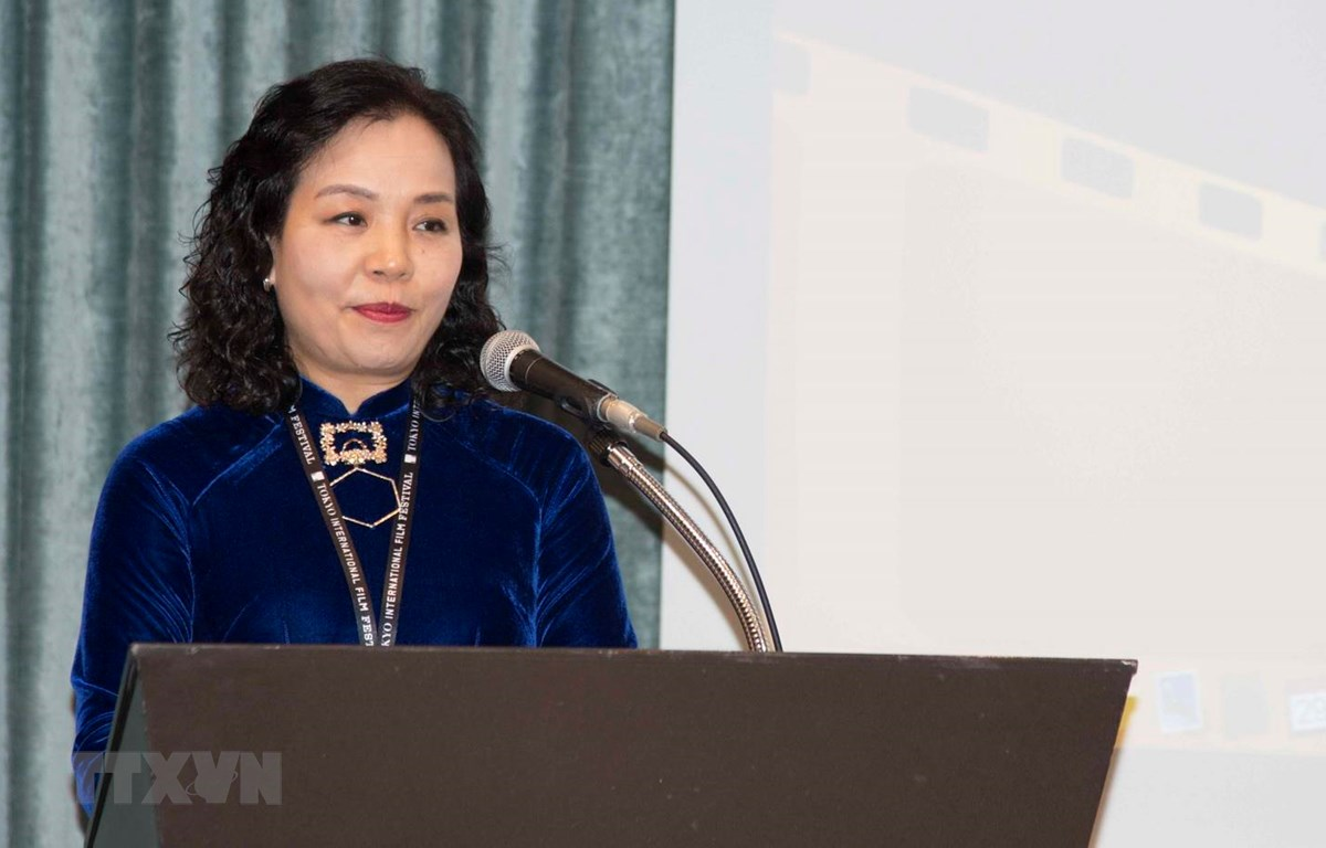 Chủ tịch Hiệp hội Xúc tiến phát triển điện ảnh Việt Nam (VFD) Ngô Phương Lan phát biểu trong Chương trình Giới thiệu tiềm năng, cơ hội sản xuất phim tại Việt Nam diễn ra ở Tokyo của Nhật Bản. (Ảnh: Thành Hữu/TTXVN)