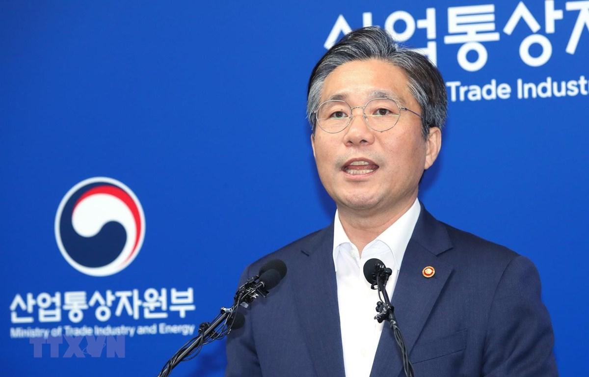 Bộ trưởng Thương mại, Công nghiệp và Năng lượng Hàn Quốc Sung Yun-mo. (Ảnh: Yonhap/TTXVN)