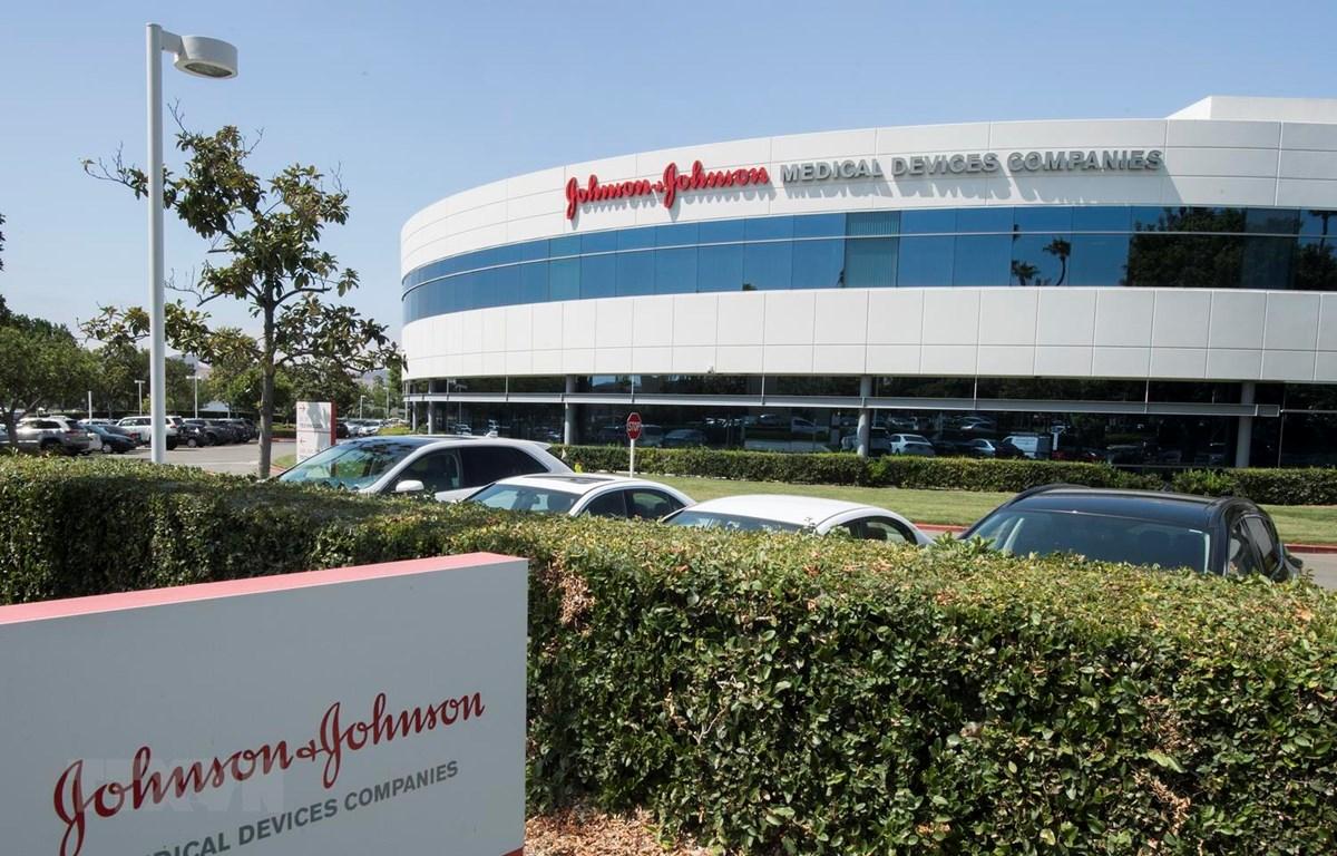 Trụ sở Johnson & Johnson tại Irvine, bang California của Mỹ, ngày 28/8 vừa qua. (Ảnh: AFP/TTXVN)