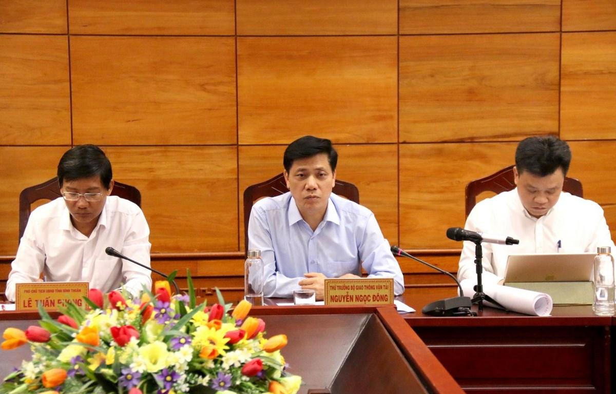 Thứ trưởng Bộ Giao thông Vận tải Nguyễn Ngọc Đông phát biểu. (Ảnh: Nguyễn Thanh/TTXVN)