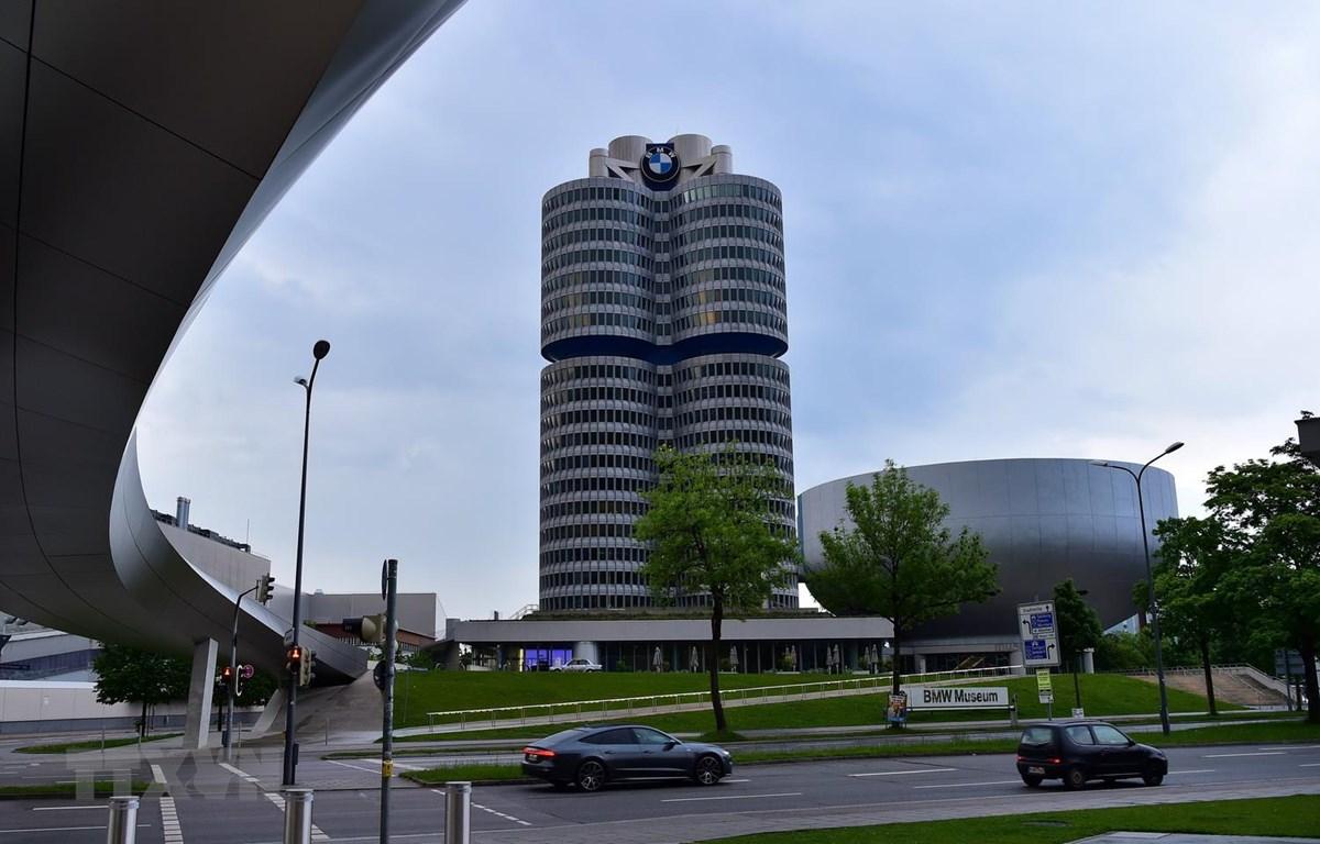 Trụ sở BMW tại Munich, Đức. (Ảnh: THX/TTXVN)