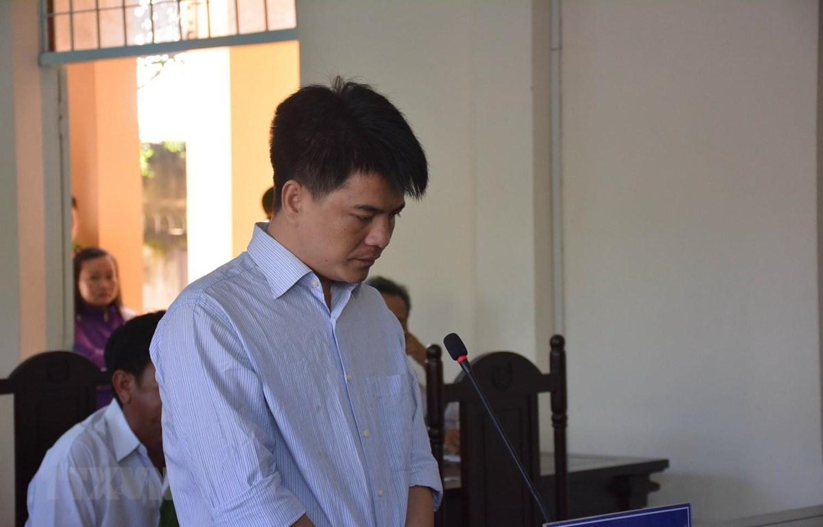 Bị cáo Phạm Thành Hiếu tại phiên xét xử. (Ảnh: Bùi Giang/TTXVN)