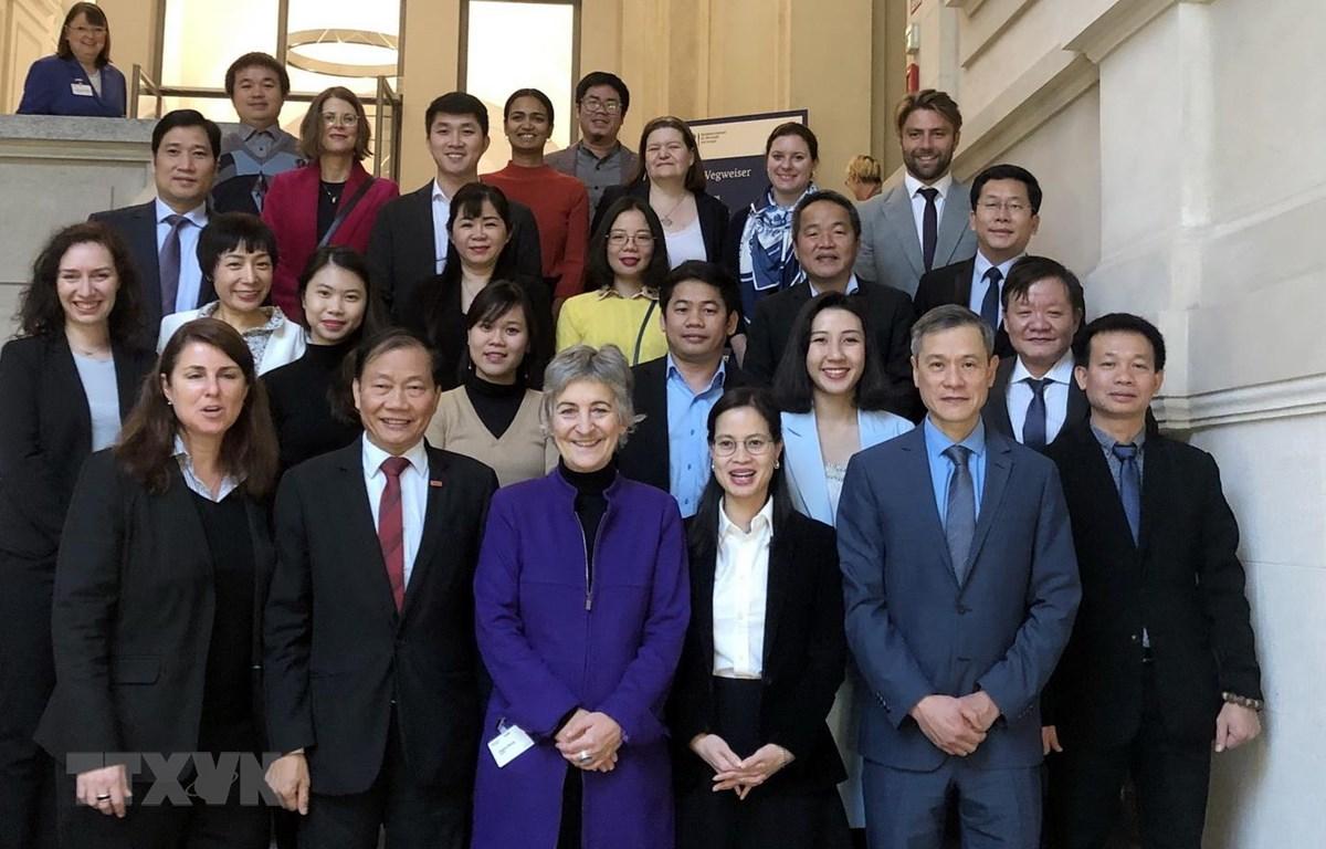 Đức bồi dưỡng kỹ năng quản trị doanh nghiệp y tế cho Việt Nam