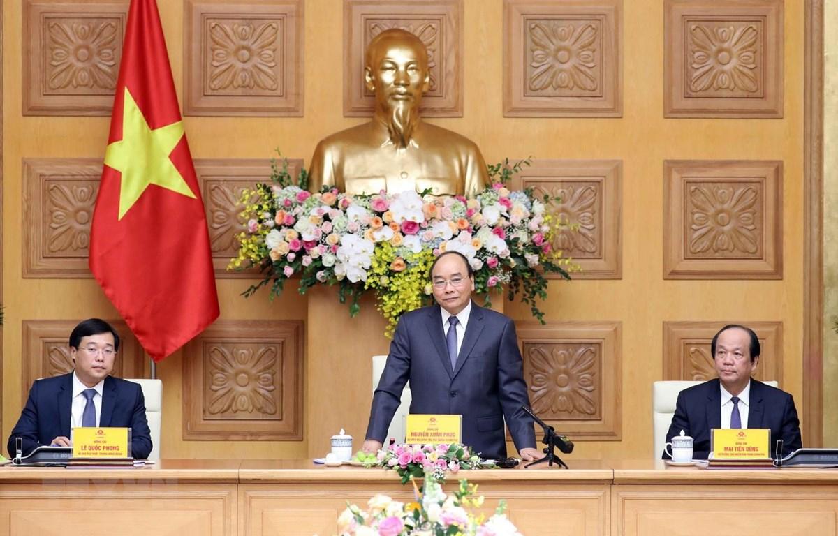Thủ tướng Nguyễn Xuân Phúc phát biểu tại buổi gặp mặt. (Ảnh: Thống Nhất/TTXVN)