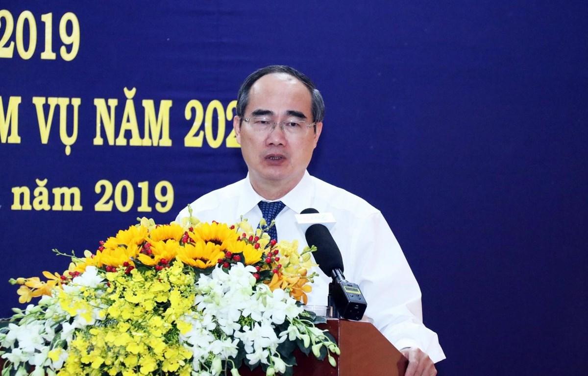 Ông Nguyễn Thiện Nhân, Ủy viên Bộ Chính trị, Bí thư Thành ủy Thành phố Hồ Chí Minh phát biểu. (Ảnh: Xuân Khu/TTXVN)