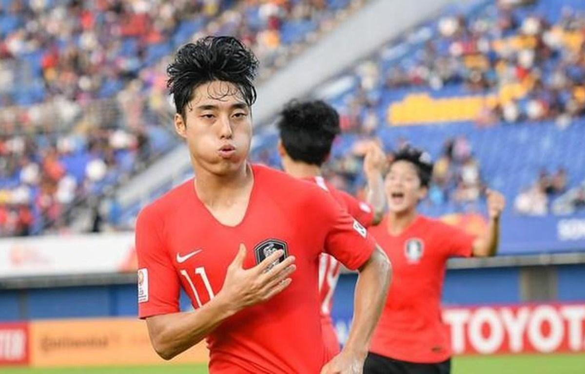 Lee Dong-jun người mở điểm cho Hàn Quốc phút 22. (Nguồn: AFC)
