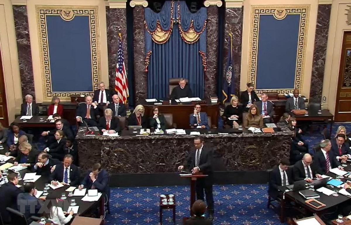 Toàn cảnh một phiên luận tội Tổng thống Donald Trump ở Thượng viện Mỹ, ngày 25/1 vừa qua. (Ảnh: AFP/TTXVN)