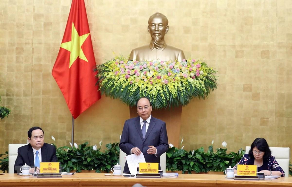 Thủ tướng Nguyễn Xuân Phúc, Chủ tịch Hội đồng Thi đua- Khen thưởng Trung ương phát biểu khai mạc. (Ảnh: Thống Nhất/TTXVN)