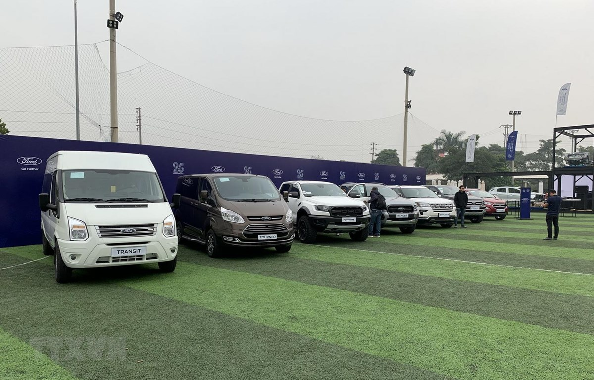 Các dòng xe mà Ford Việt Nam đang lắp ráp và nhập khẩu ở Việt Nam. (Ảnh: Mạnh Tú/TTXVN)
