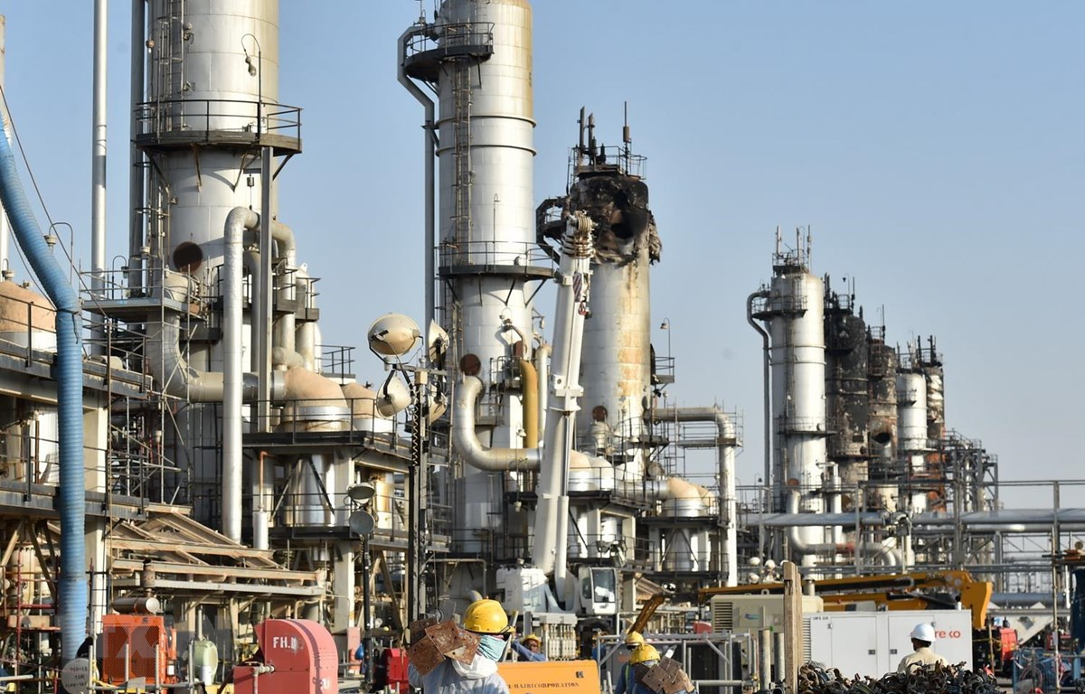 Nhà máy lọc dầu của Tập đoàn Dầu mỏ quốc gia Saudi Aramco của Saudi Arabia. (Ảnh: AFP/TTXVN)