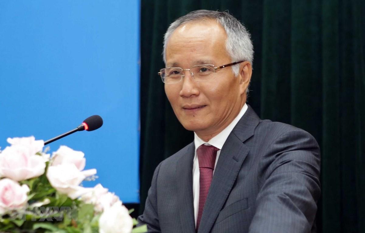 Thứ trưởng Bộ Công Thương, Trưởng đoàn đàm phán Chính phủ về kinh tế và thương mại quốc tế, ông Trần Quốc Khánh. (Ảnh: Trần Việt/TTXVN)
