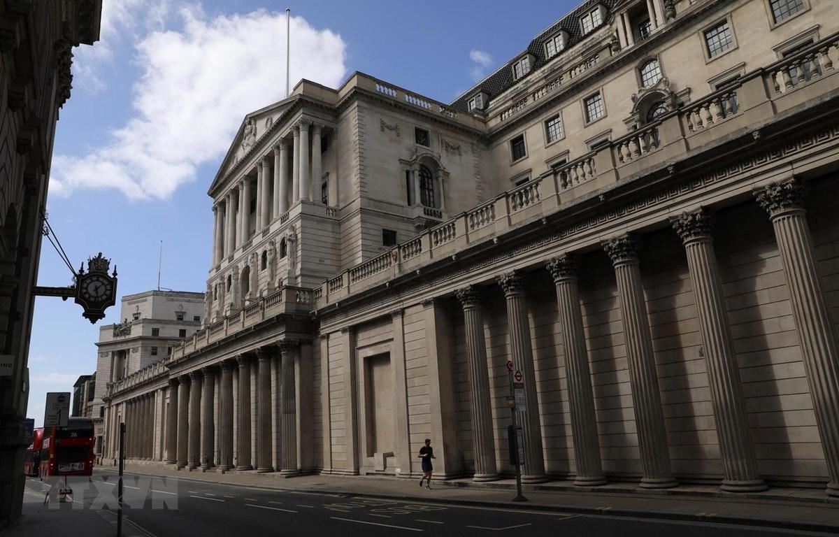 Trụ sở Ngân hàng trung ương Anh tại thủ đô London, ngày 13/4 vừa qua. (Ảnh: THX/TTXVN)