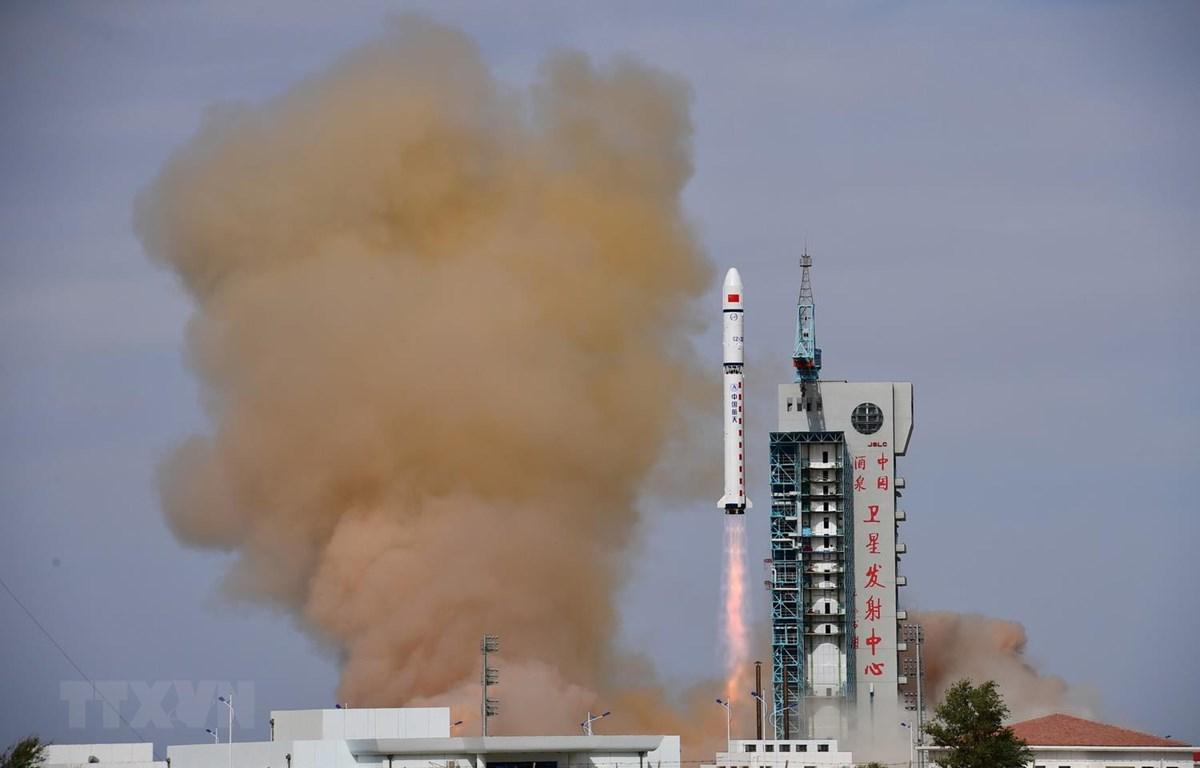 Một trung tâm phóng vệ tinh của Trung Quốc. (Ảnh: THX/TTXVN)