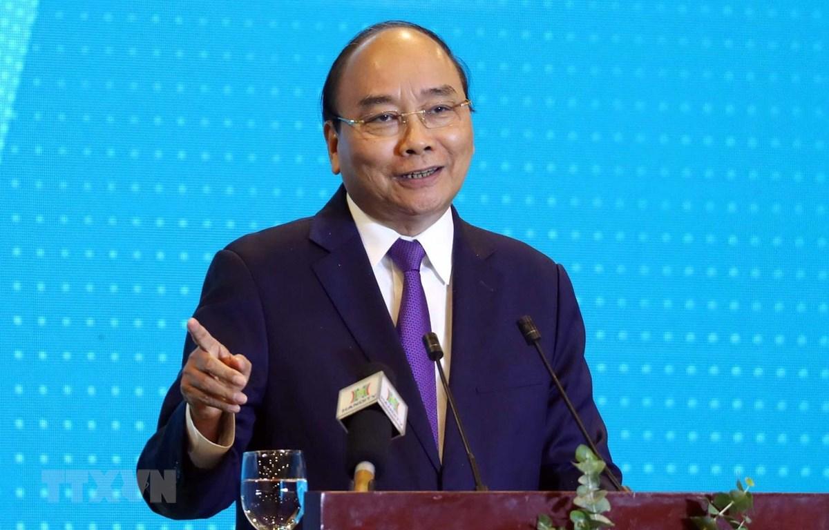 Thủ tướng Nguyễn Xuân Phúc phát biểu tại hội nghị. (Ảnh: Thống Nhất/TTXVN)