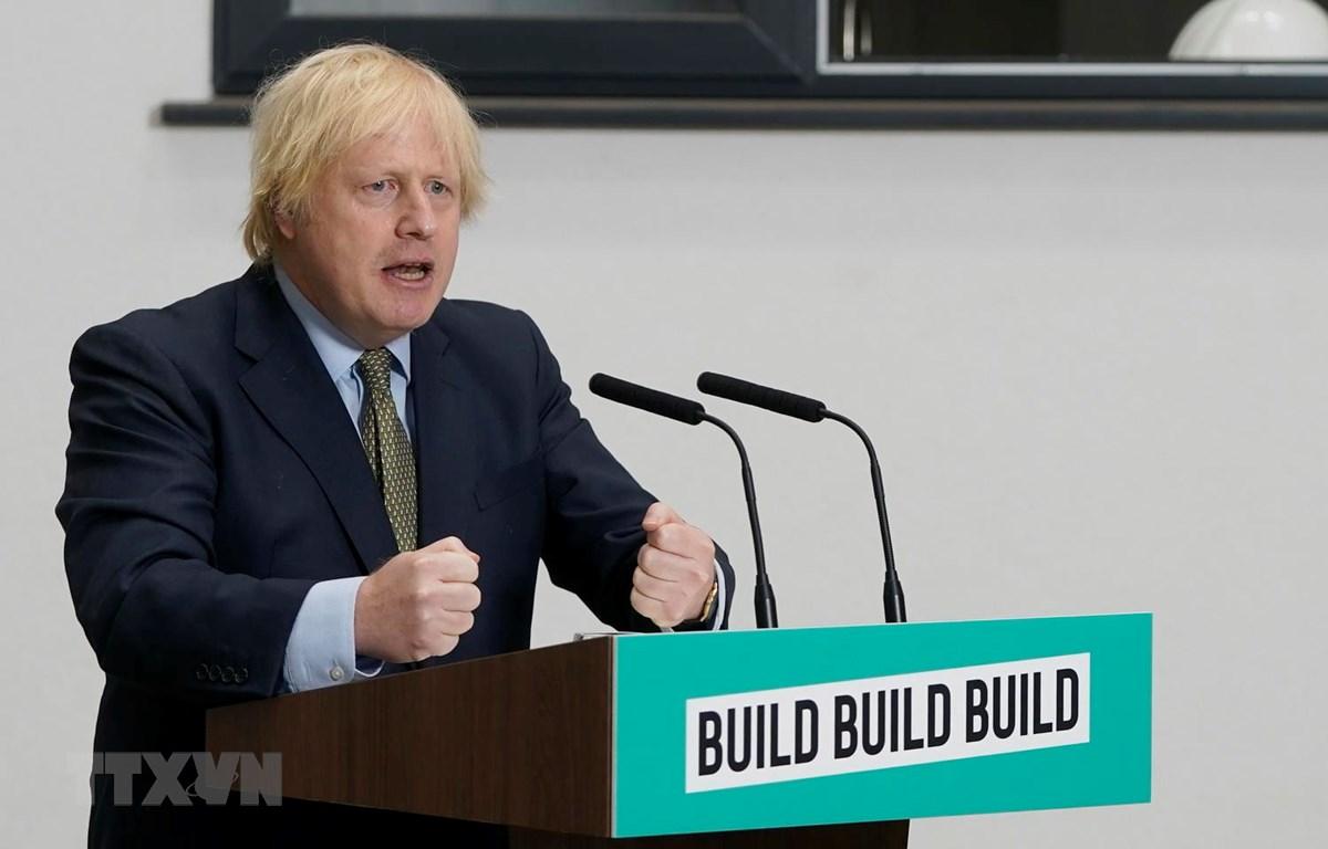 Thủ tướng Anh Boris Johnson. (Ảnh: THX/TTXVN)