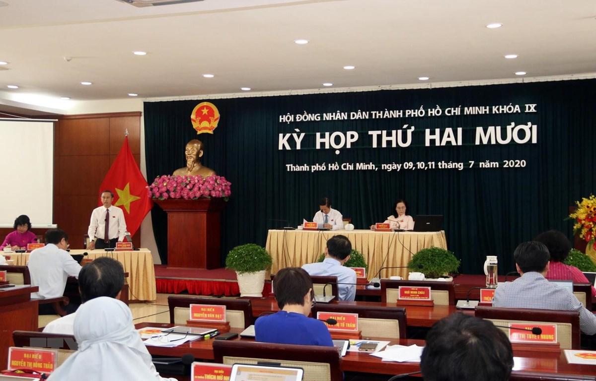Quang cảnh phiên họp Hội đồng Nhân dân Thành phố Hồ Chí Minh khóa IX, nhiệm kỳ 2016-2021. (Ảnh: Xuân Khu/TTXVN)