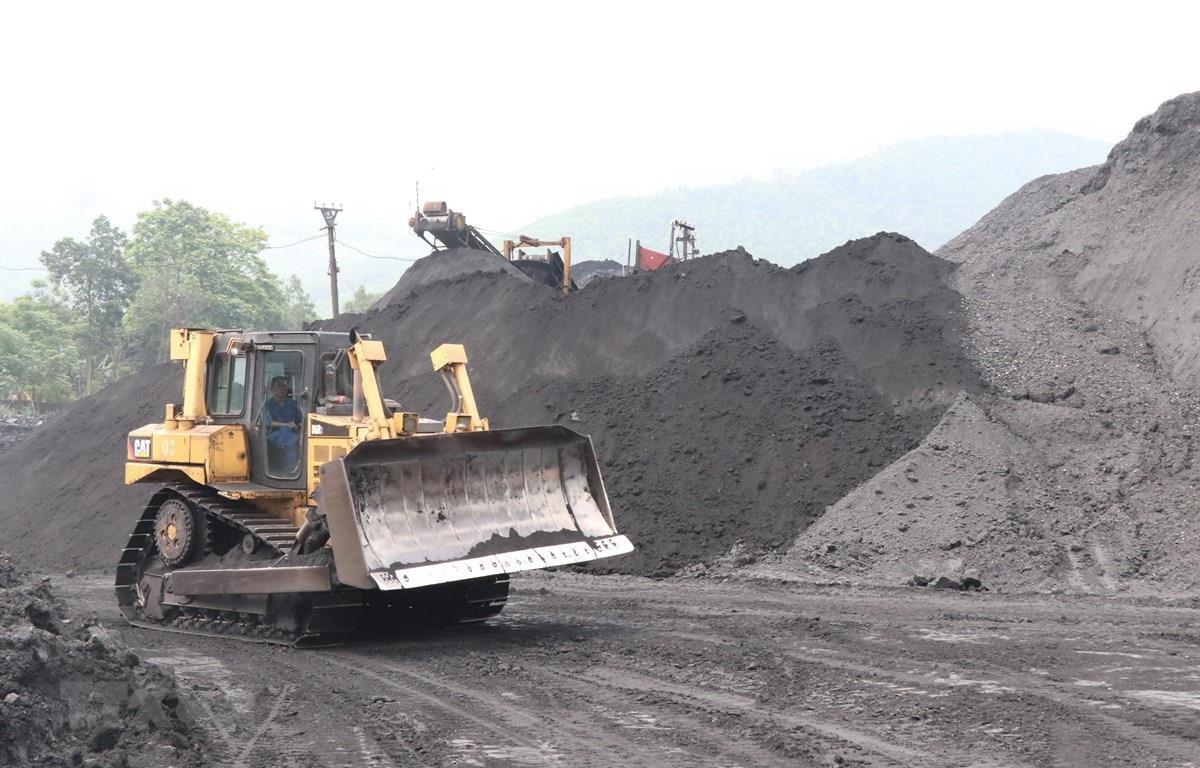 Khu vực sàng tuyển than của Công ty than Núi Hồng. (Ảnh: Hoàng Nguyên/TTXVN)