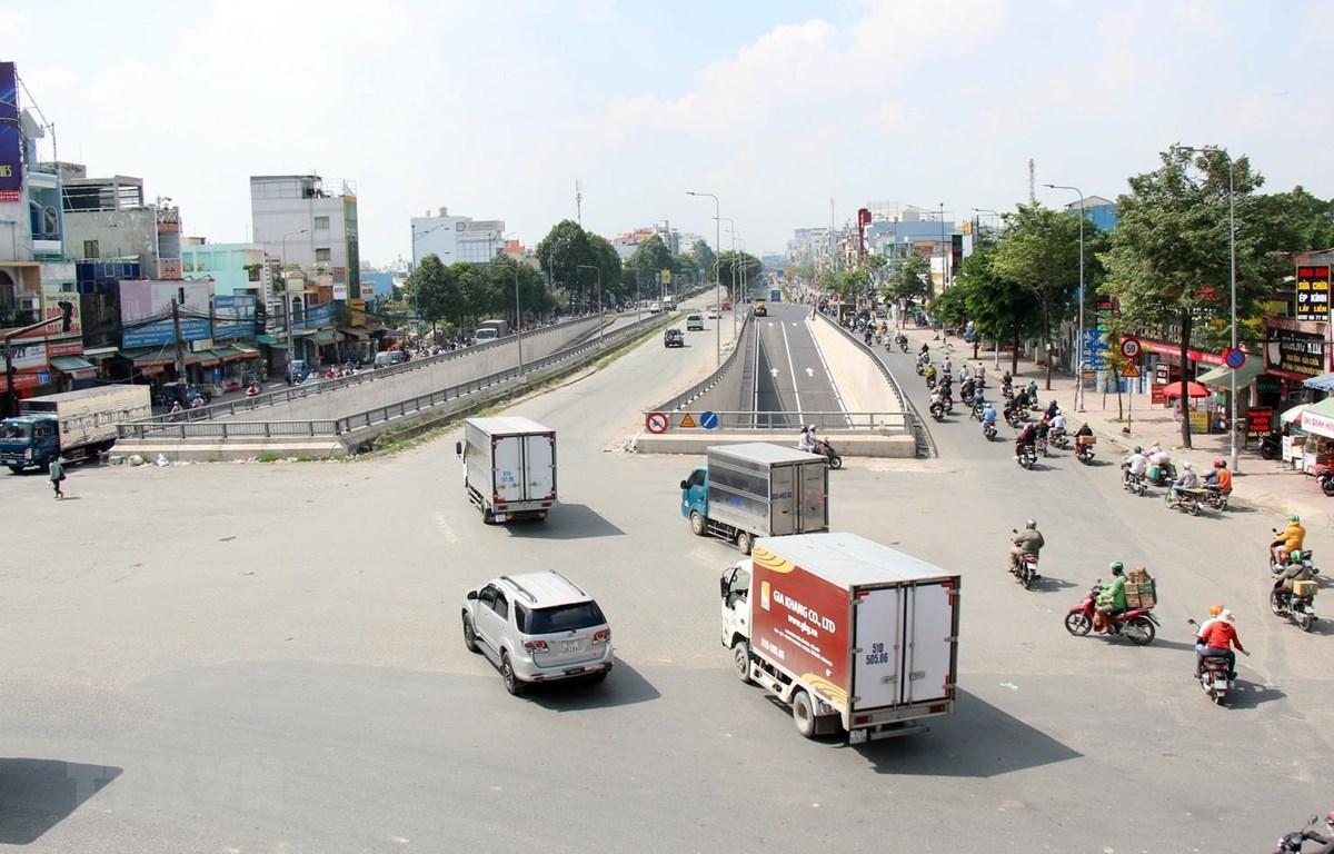 Dự án hầm chui nút giao thông An Sương được thông xe giữa tháng Bảy vừa qua. (Ảnh: Tiến Lực/TTXVN)