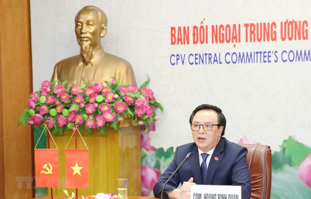 Trưởng Ban Đối ngoại Hoàng Bình Quân phát biểu tại hội đàm. (Ảnh: Phương Hoa/ TTXVN)