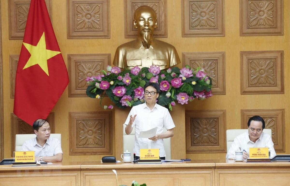 Phó Thủ tướng Vũ Đức Đam, Phó Chủ tịch Hội đồng Quốc gia Giáo dục và Phát triển nhân lực phát biểu. (Ảnh: Doãn Tấn/TTXVN)