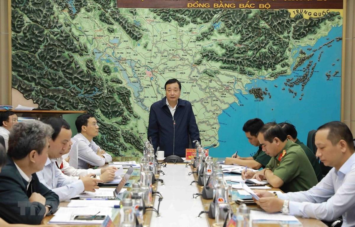 Phó Chánh văn phòng Ban chỉ đạo Trung ương về phòng, chống thiên tai, Tổng Cục trưởng Tổng Cục phòng chống thiên tai Trần Quang Hoài phát biểu. (Ảnh: Vũ Sinh/TTXVN)