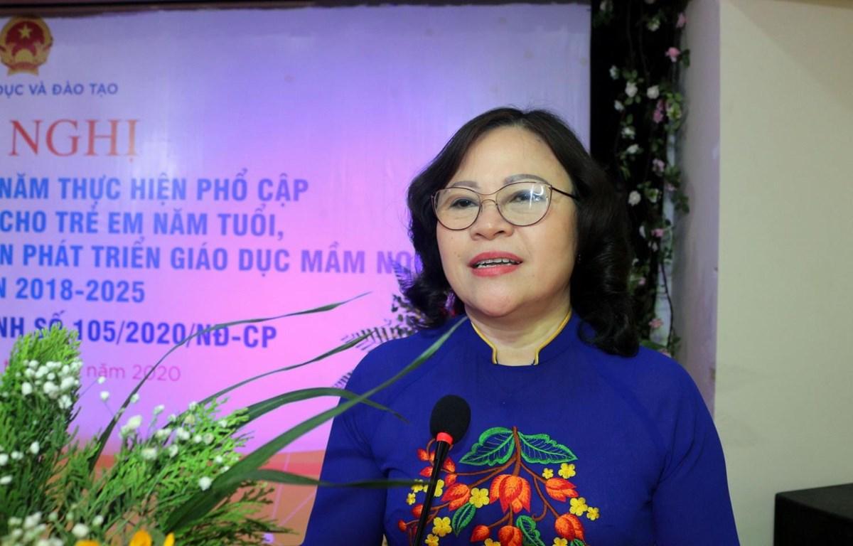 Thứ trưởng Bộ giáo dục và Đào tạo Ngô Thị Minh phát biểu tại Hội nghị. (Ảnh: Đại Nghĩa/TTXVN)