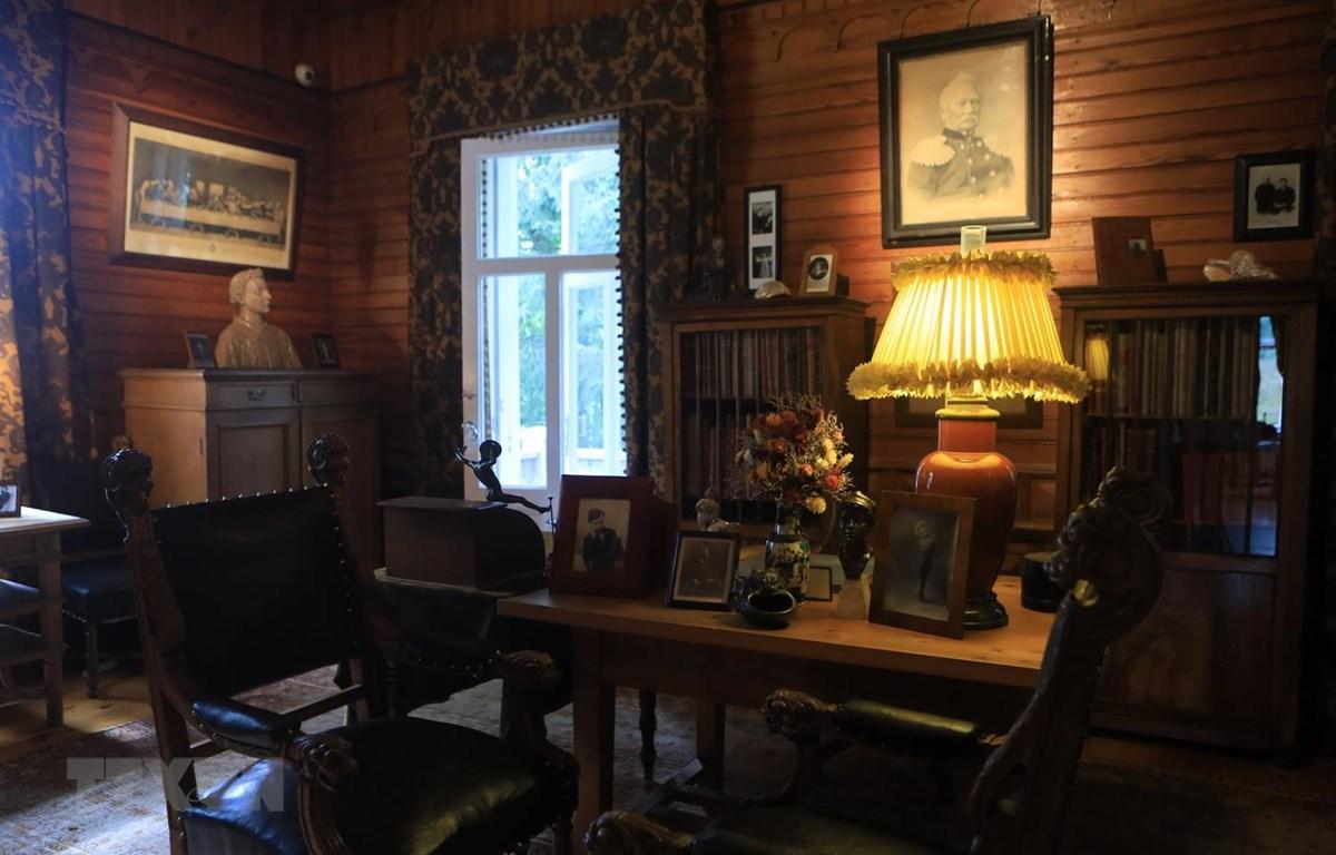 Sau khi Tchaikovsky qua đời vào ngày 6/11/1893, anh trai của ông là Modest Tchaikovsky đã quyết định biến Điền trang thành bảo tàng. (Ảnh: Trần Hiếu/TTXVN)