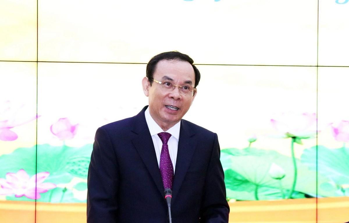 Bí thư Trung ương Đảng, Bí thư Thành ủy Thành phố Hồ Chí Minh Nguyễn Văn Nên phát biểu tại buổi gặp gỡ. (Ảnh: Xuân Khu/TTXVN)