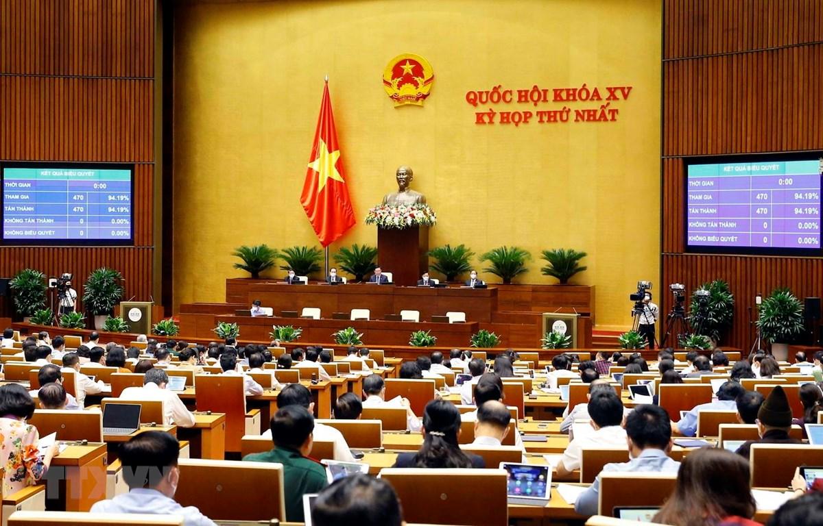 Quốc hội biểu quyết thông qua Nghị quyết về cơ cấu tổ chức của Chính phủ nhiệm kỳ 2021-2026. (Ảnh: Doãn Tấn/TTXVN)