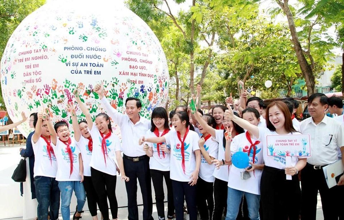 Các thông điệp hành động vì an toàn của trẻ em. (Ảnh minh họa: PV/Vietnam+)
