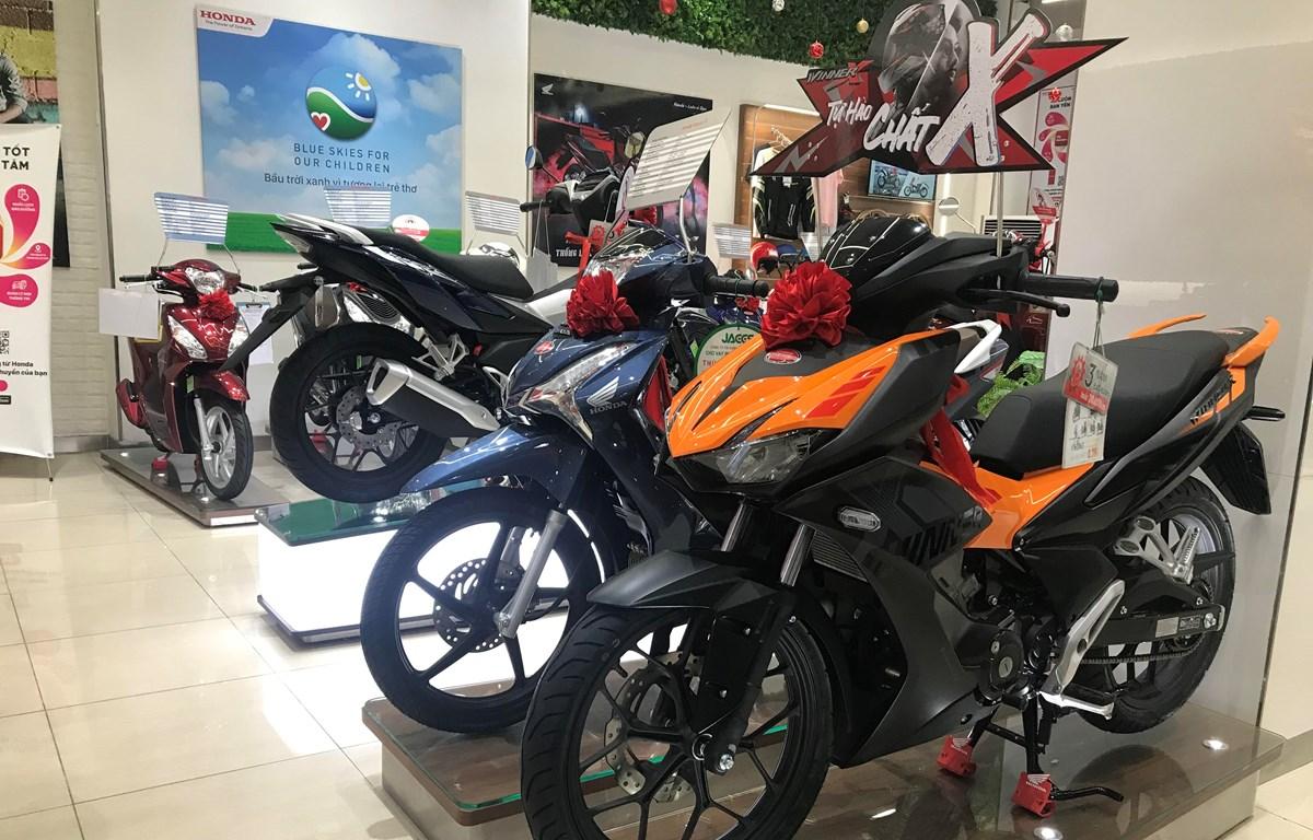 Honda Winner X giảm sốc 20 triệu đồng, khách hàng thi nhau xuống tiền | Ôtô- Xe máy | Vietnam+ (VietnamPlus)