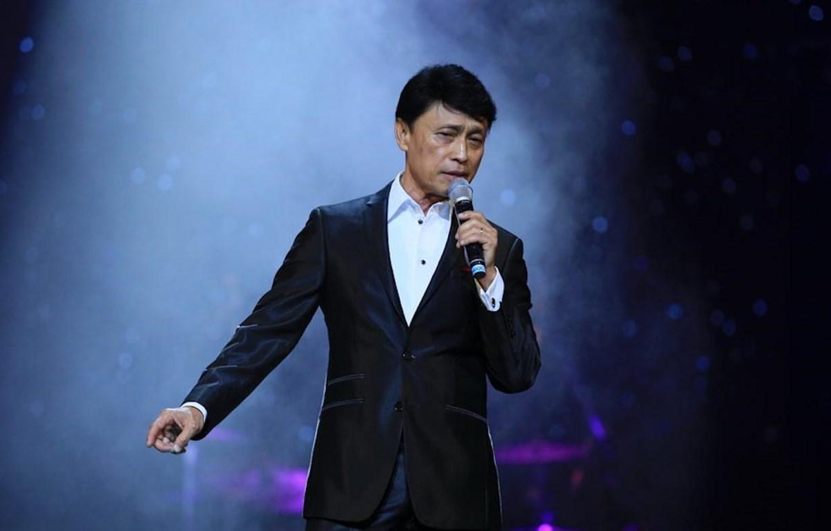 Đây là lần đầu tiên danh ca Tuấn Ngọc đảm nhận vai trò huấn luyện viên của chương trình Giọng hát Việt. (Ảnh: Dương Thế Đỗ)