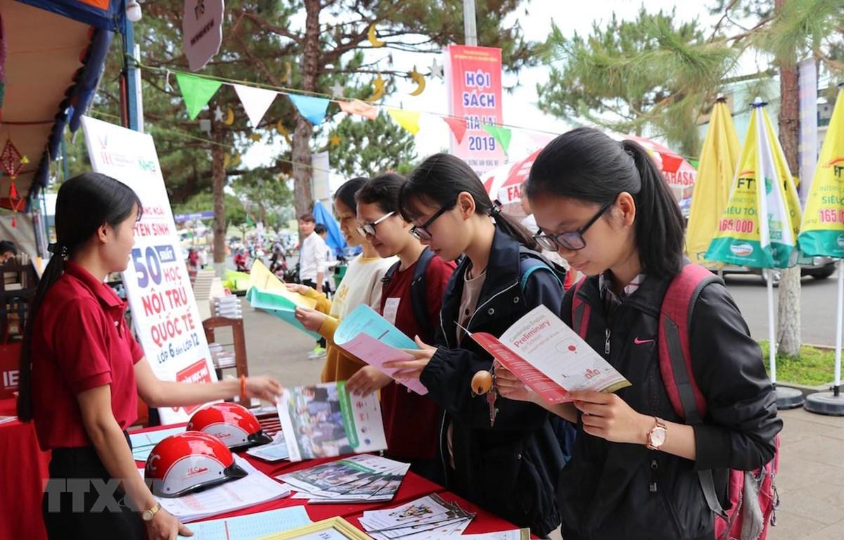 Sau 5 năm triển khai quyết đinh của Thủ tướng về Ngày Sách Việt Nam, số lượng và chất lượng xuất bản phẩm đều được nâng lên. (Ảnh minh họa: TTXVN)