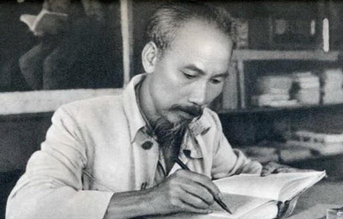 Năm 2019 đánh dấu chặng đường nửa thế kỷ toàn Đảng, toàn quân, toàn dân thực hiện Di chúc của Chủ tịch Hồ Chí Minh. (Ảnh tư liệu)