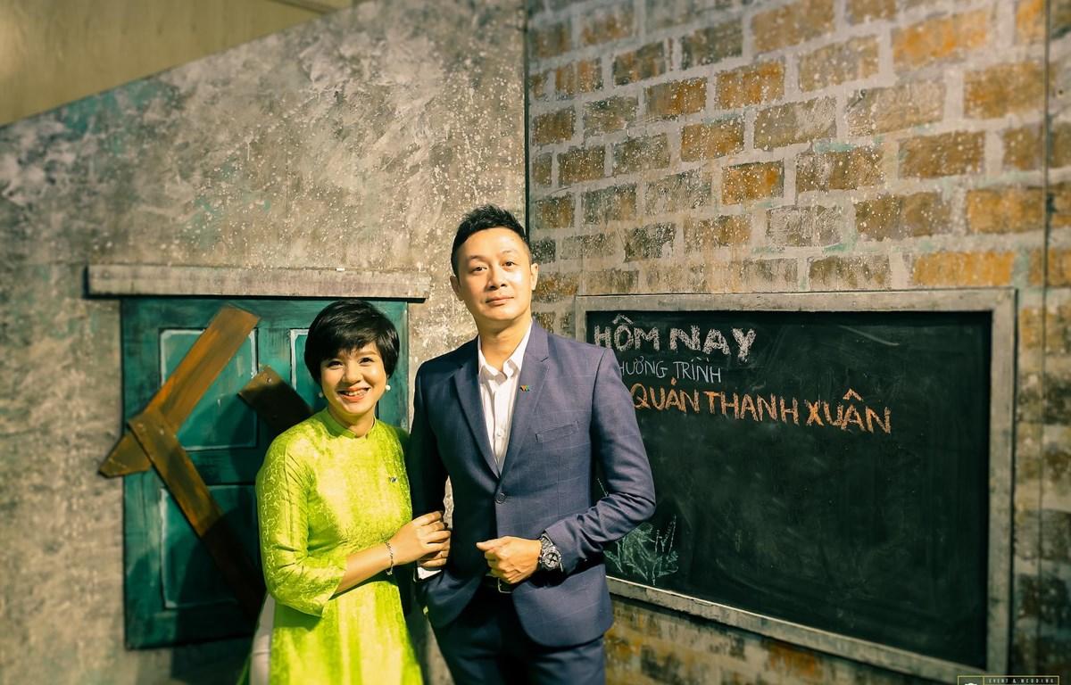 Những người dẫn chuyện của Quán thanh xuân: Diễm Quỳnh, Anh Tuấn. (Ảnh: BTC)