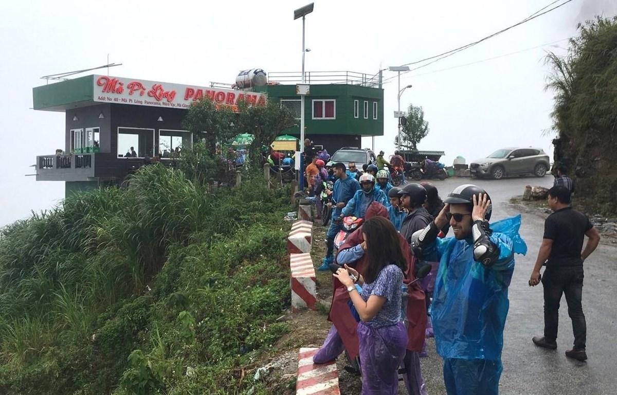 Cơ quan chức năng đã yêu cầu chủ đầu tư dừng mọi hoạt động tại công trình Panorama Mã Pì Lèng. (Ảnh: TTXVN)