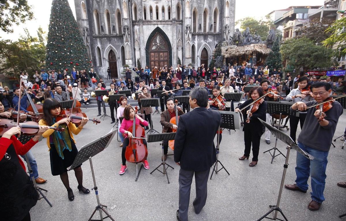 """Hòa nhạc """"Hạnh phúc"""" là dự án cộng đồng nhằm góp phần đưa nhạc giao hưởng đến gần hơn với công chúng, đặc biệt là giới trẻ. (Ảnh: BTC)"""