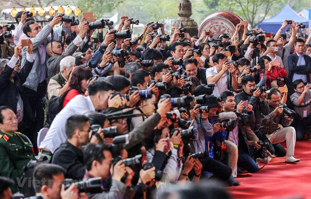 Luật báo chí 2016 và các văn bản hướng dẫn thi hành luật đã tạo hành lang pháp lý để hoạt động báo chí phát triển. (Ảnh minh họa: Minh Sơn /Vietnam+)