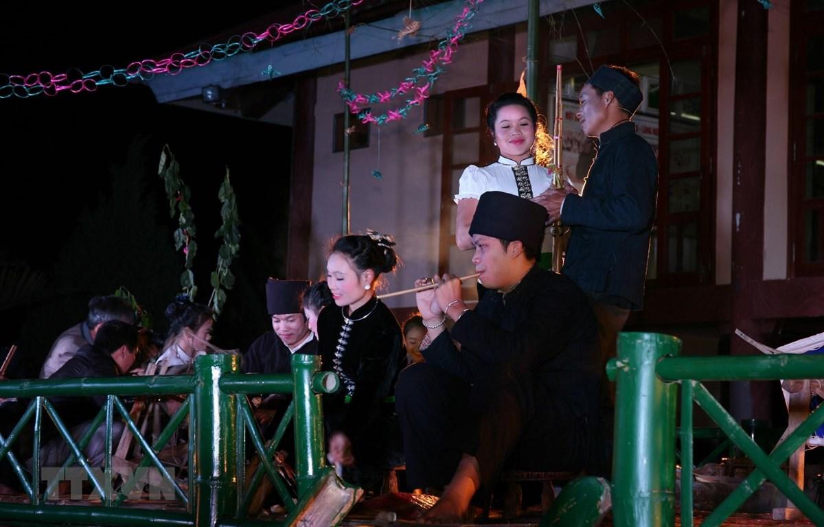 Bộ Văn hóa, Thể thao và Du lịch lưu ý lễ hội cần diễn ra dân dã, tự nhiên, phản ánh sinh hoạt văn hóa cộng đồng. (Ảnh minh họa: TTXVN)