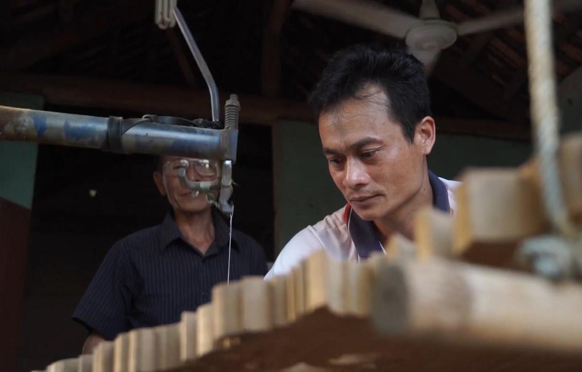 Làng nghề làm mộc lâu đời ở Bắc Giang (Ảnh: Lâm Phan/Vietnam+)
