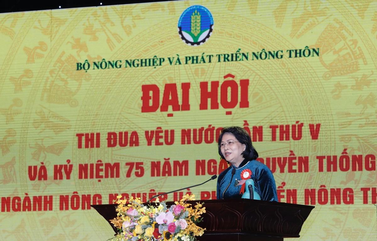 Phó chủ tịch nước Đặng Thị Ngọc Thịnh phát biểu tại buổi lễ. (Ảnh: Trần Việt/TTXVN)